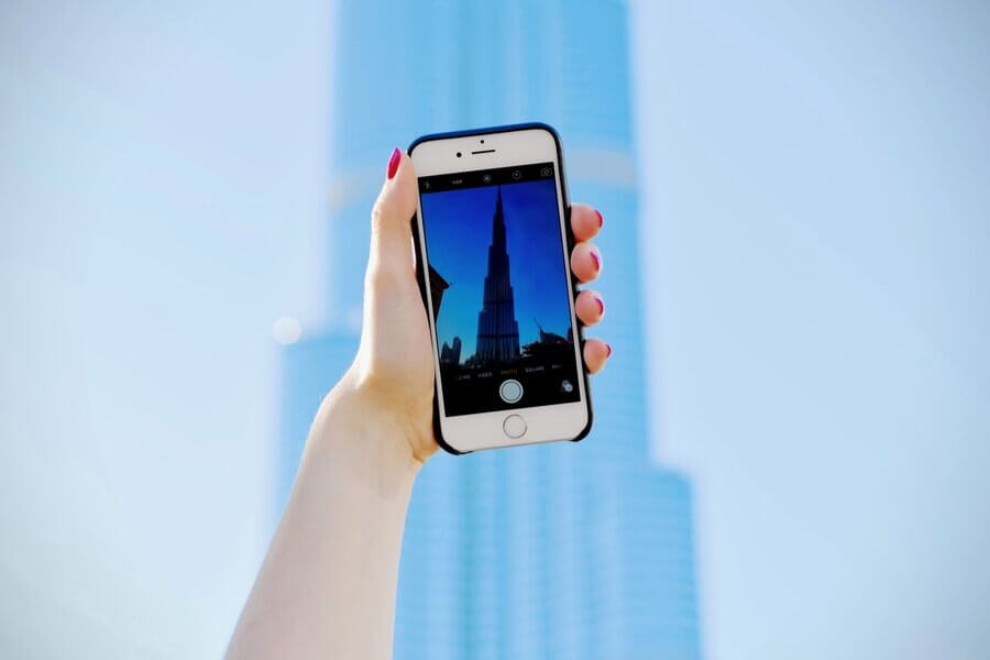 Mobile Phone aking picture of Burk Khalifa