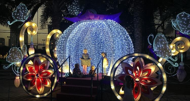 What To Expect At Dubai Garden Glow 2020 21 Season Dubai Travel Planner