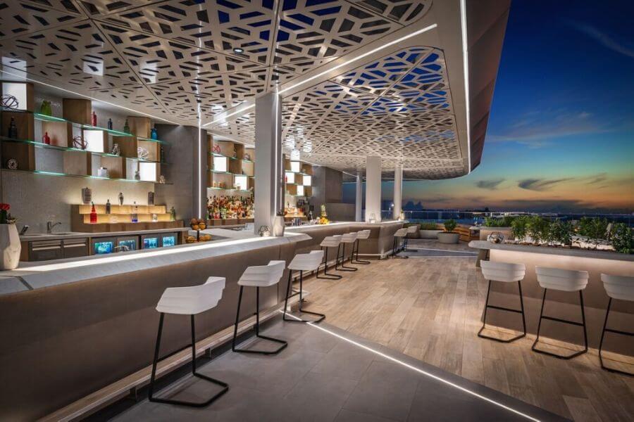 Rooftop Terrace Bibe in Dubai JA Resort